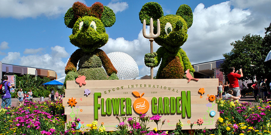 Epcot-FG-Mickey-Minnie-Topiaries-900x450