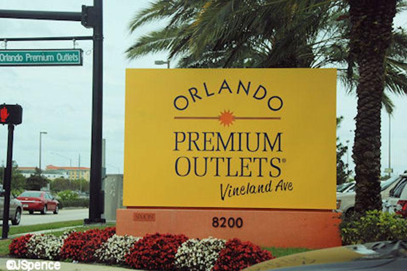 premium-outlets-vineland-ave-lojas-de-luxo-com-desconto-orlando