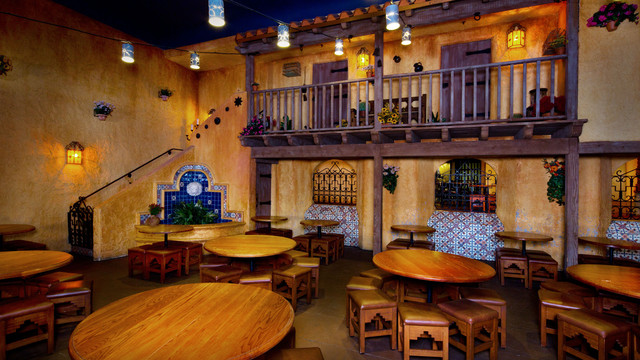 pecos-bill-tall-tale-inn-and-cafe-gallery03