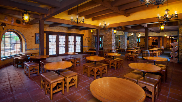 pecos-bill-tall-tale-inn-and-cafe-gallery04